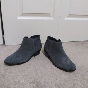 Grey Ankle Boots (NWOT) 9